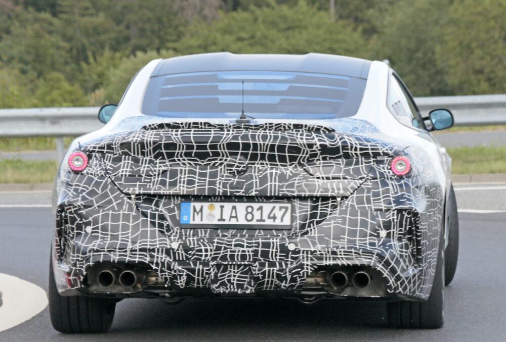 新型BMW 8シリーズベーススーパーカーテスト車両 リア
