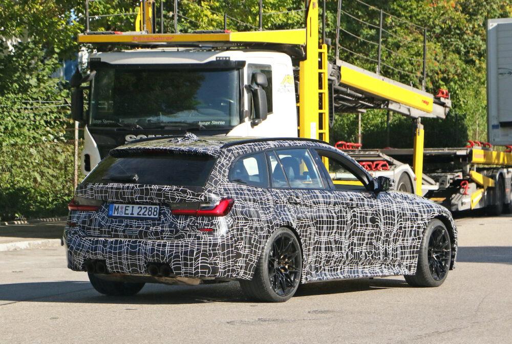 新型BMW M3ツーリング プロトタイプ スパイショット リアサイド