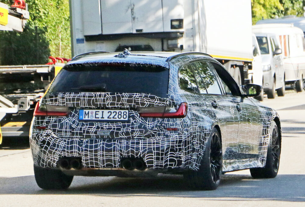 新型BMW M3ツーリング プロトタイプ スパイショット リア