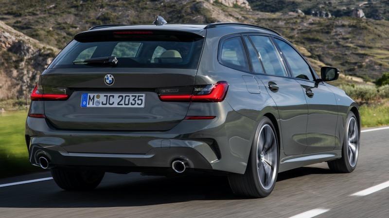 BMW 3シリーズ・ツーリング(318i)現行モデル リア