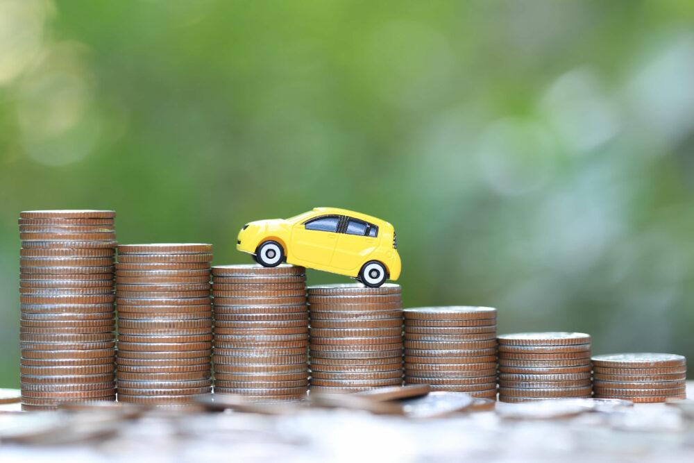 車とコインの画像