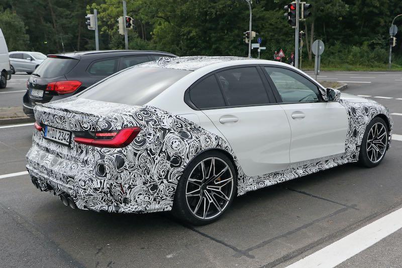 次期新型 BMW M3 プロトタイプ スパイショット  リアサイド