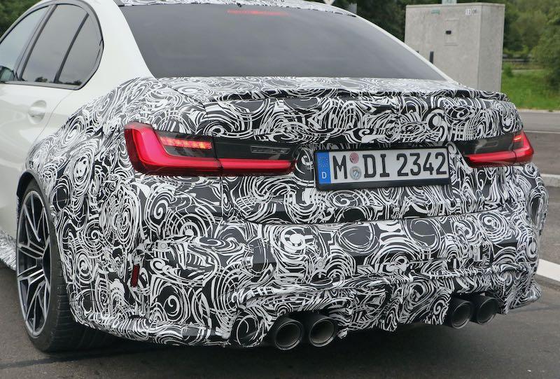 次期新型 BMW M3 プロトタイプ スパイショット リアエンド