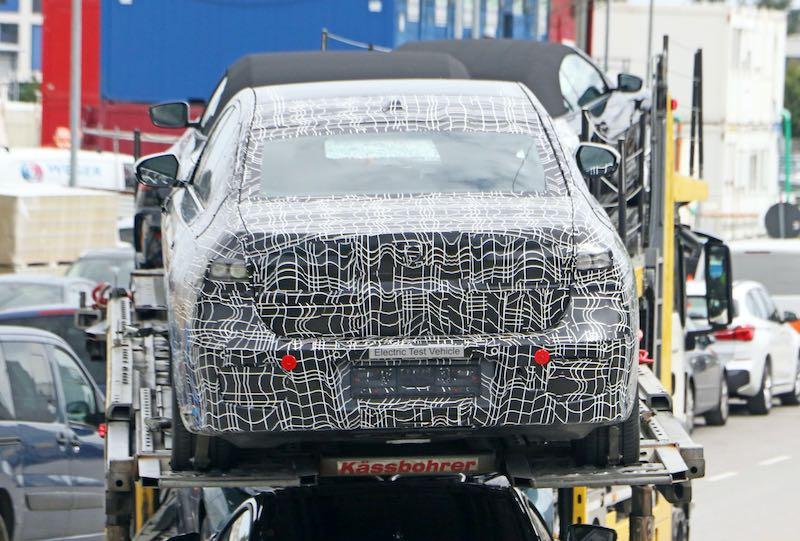 新型 BMW i7 プロトタイプ スパイショット リア