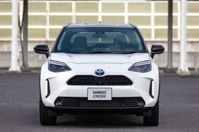 トヨタ新型ヤリスクロスのカタログ燃費&実燃費|ライバル車と比較
