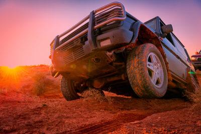 4WD・四輪駆動とは?AWDとの違い&メリット・デメリットも