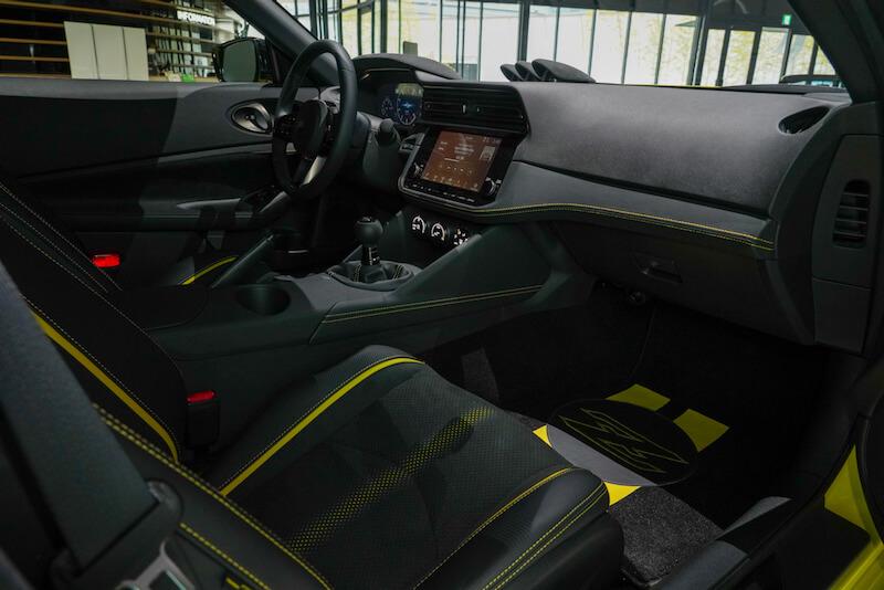 次期新型 日産フェアレディZ プロトタイプ 助手席側インパネ