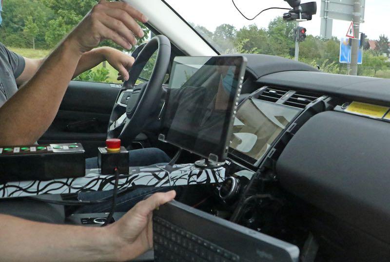 改良新型ランドローバー ディスカバリー プロトタイプ スパイショット インテリア