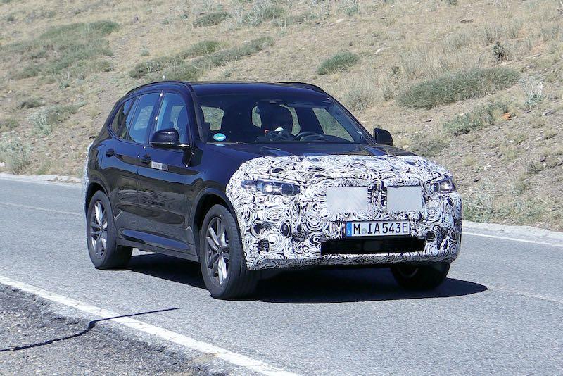 改良新型 BMW PHEV プロトタイプ スパイショット フロント
