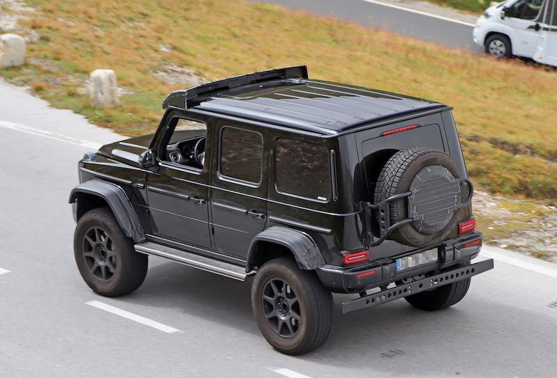 新型メルセデス・ベンツ Gクラス「G500/G550 4x4 スクエアード」プロトタイプ スパイショット リアサイド