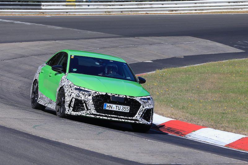 次期新型 アウディ RS3 セダン プロトタイプ スパイショット フロント