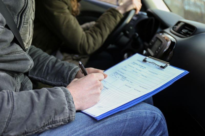 運転免許センターの技能試験