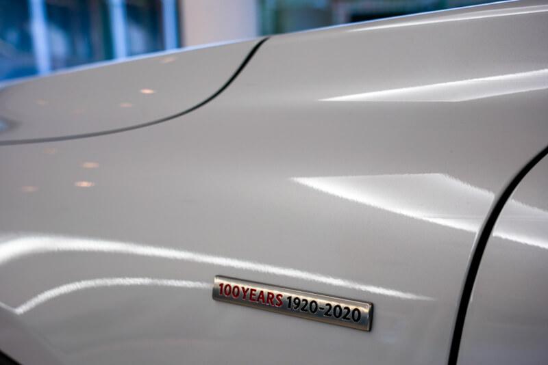 マツダ MX-30 100周年特別記念車 バッジ