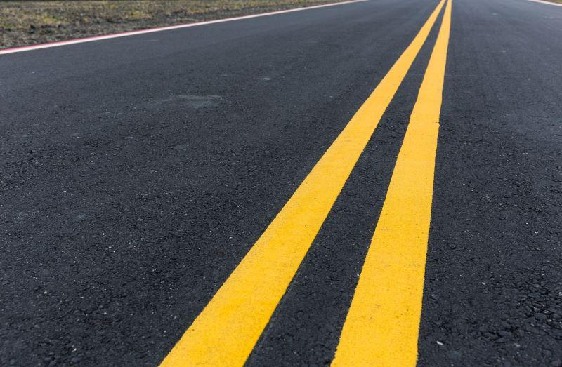 黄色のセンターライン(中央線)は追い越し禁止?横断や右折は?種類と ...