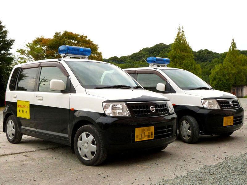 2台のパトロール車両