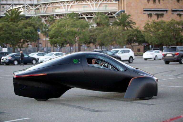 未来感ハンパない!充電不要EV「Aptera」が200万円台で登場、性能はテスラ超え?