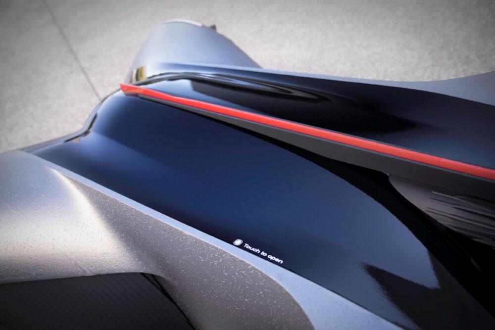 日産GT-R(X)2050 ルーフ