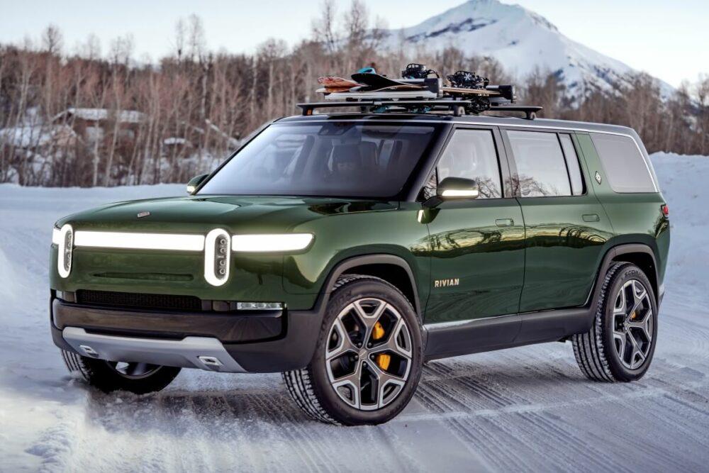 アメリカの自動車メーカー、リヴィアンの電動SUV「R1S」