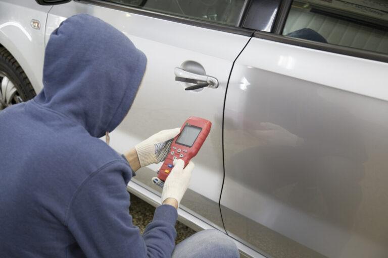 コードグラバーとは?リレーアタックに次ぐ最新の車両盗難手口