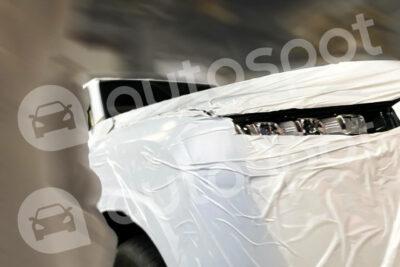 トヨタ新型ランドクルーザー300系の内外装がリーク!発売は3月?
