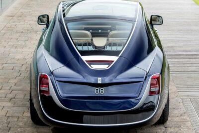 本物のお金持ちしか乗れない車ランキングTOP10 石油王級のVIPカー