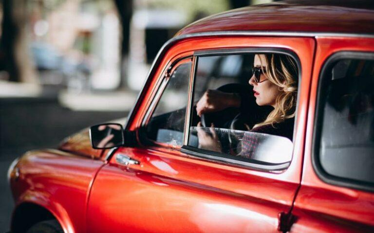 おしゃれな国産レトロカーおすすめ14選|中古車価格や車選びのポイント