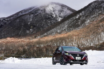 【爆売れ】新型ノートe-POWERで500km試乗。FFで冬の赤城山も走ってきた「やるじゃん、日産」