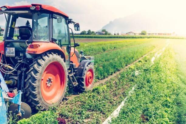 農耕トラクター
