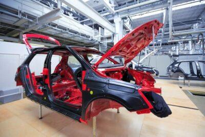 モノコックボディ(構造)とは|SUV向きはラダーフレーム?メリット・デメリット解説