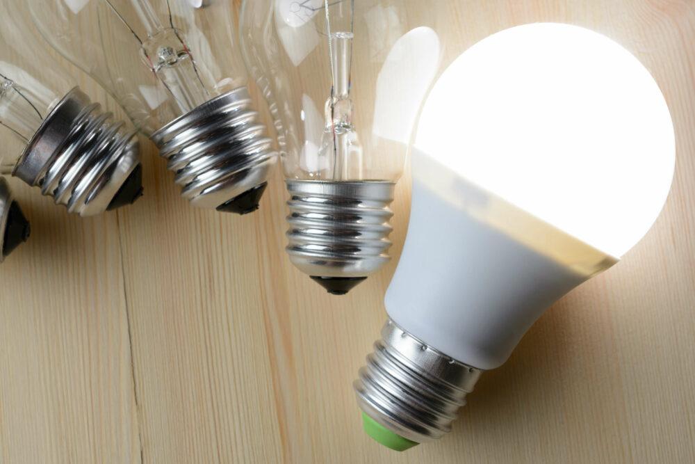 LEDと白熱灯