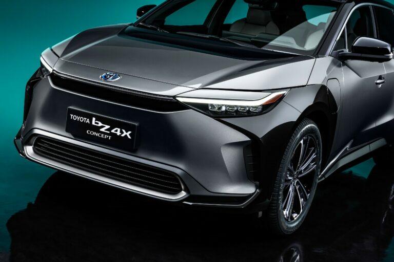 トヨタが新EVシリーズ「bZ(ビーズィー)」を上海モーターショーで発表