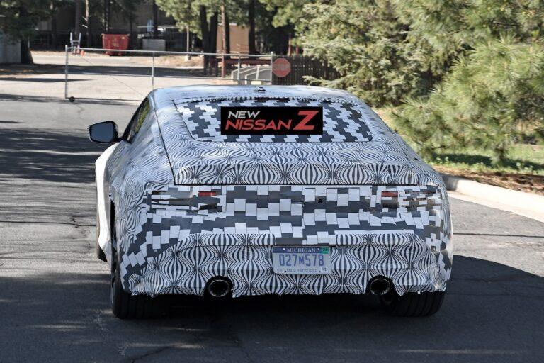 日産新型フェアレディZのテスト車両をスクープ!カモフラを解いた姿も明らかに?