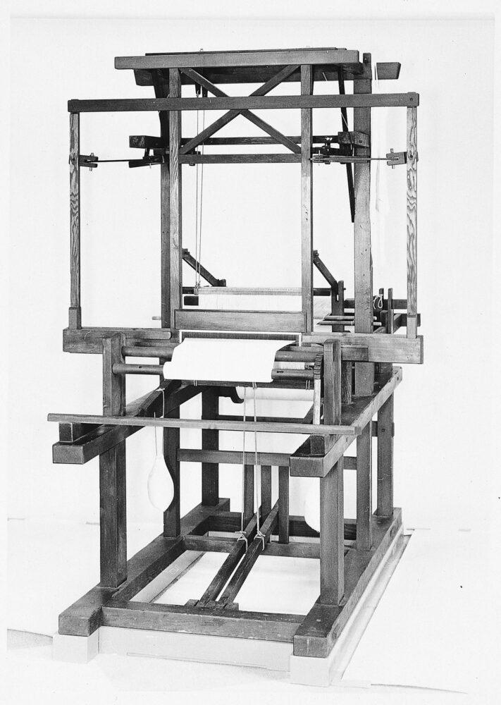 豊田式木製人力織機 (1890年)