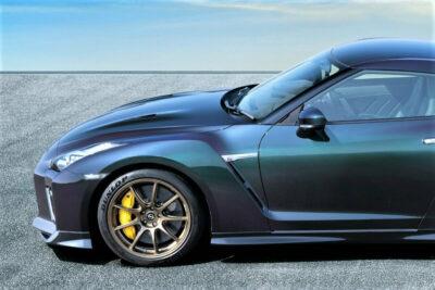 日産がGT-Rの2022年モデル「T-spec」を発表。ミッドナイトパープルのボディカラーが復活