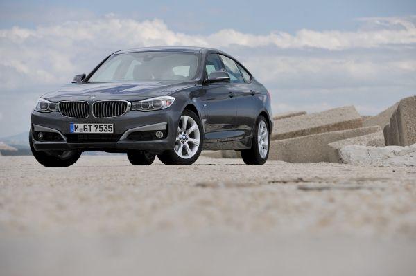 BMW 3シリーズ 320d ディーゼル 2013年型