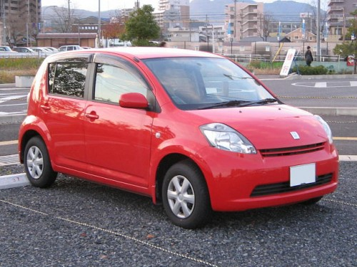トヨタ パッソ 前期型 (2004年-2006年)