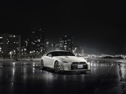 日産 GT-R 2014年型