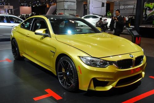 BMW M4クーぺ