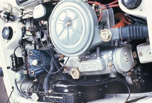 ホンダ シビック CVCC 初代 1973年型 エンジン