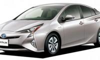 歴代プリウスの全て 燃費や口コミ、値引き価格やライバル車比較!