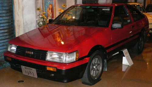 トヨタ AE86 カローラレビン