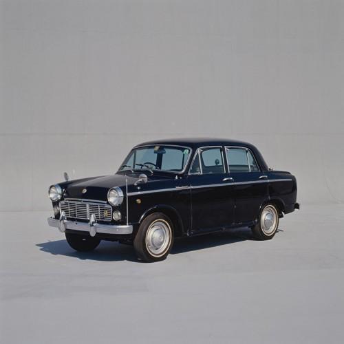 日産 ブルーバードシルフィ 310型 1200DX 1961年