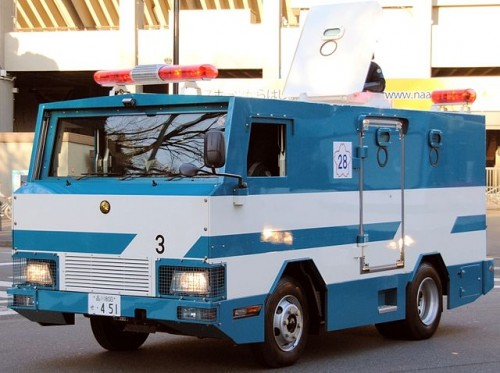 特型警備車