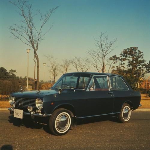 日産 サニー B10型 1000 DX 1966年