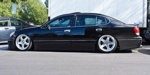 車高短 黒塗り VIP
