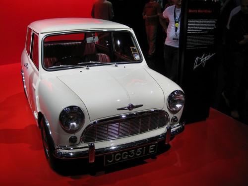 ローバーミニ 初代ミニ 1959年型