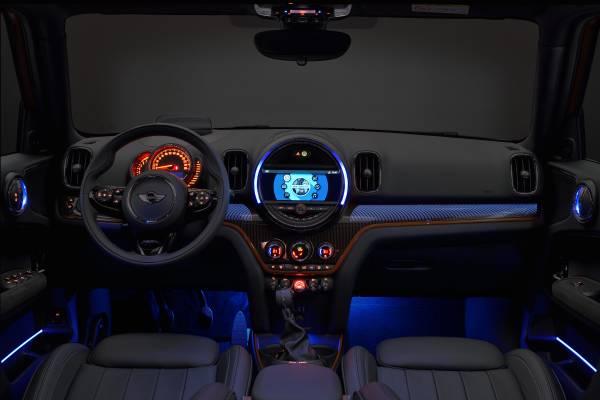 ミニ クーパー S ペースマン コックピット カラー ブルー