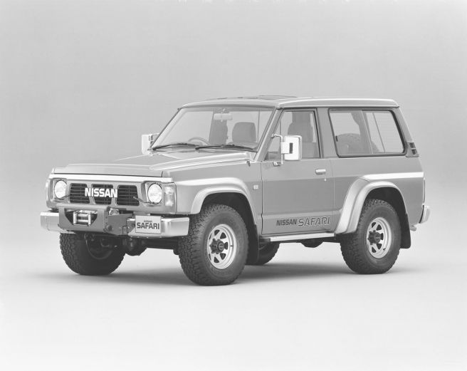 日産 サファリ Y60型