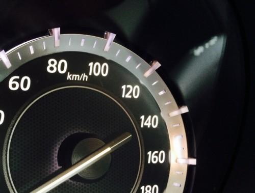 速度メーター