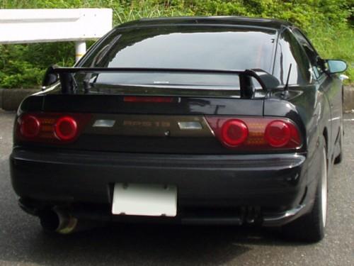 日産 180SX 後期型 オプションのカーボン調リアガーニッシュ装着